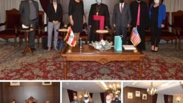 السفيرة الاميركية نزور مطرانية الكلدان في لبنان
